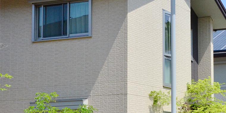 屋根・外壁は築10年が塗り替えの目安です。
